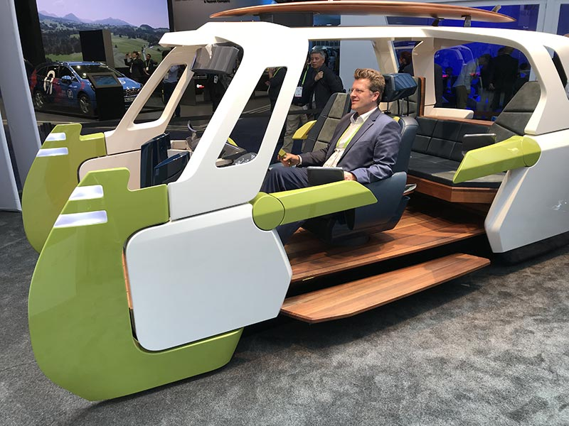 [Foto: Concept vehicle at CES]