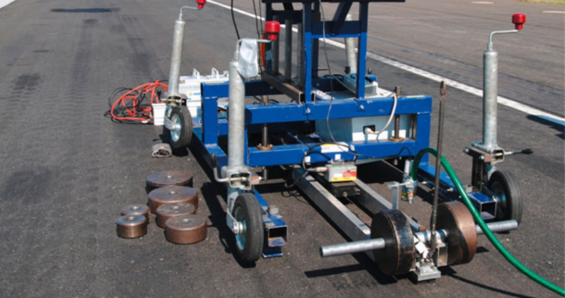 Linear Friction Test Rig